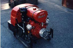 b_276_184_16777215_00_images_Bilder_Feuerwehrautos_Ford_Bachert_Pumpe.jpg